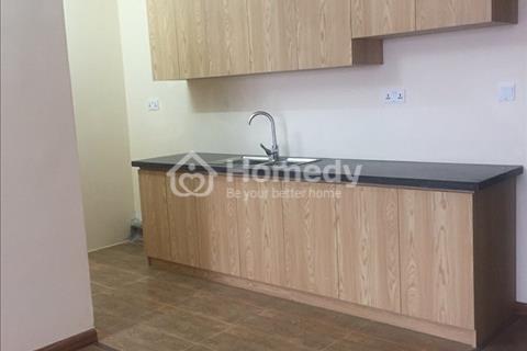 Chị Vân chính chủ cần cho thuê căn hộ Gemek 2 Tower, 66m2, 2 phòng ngủ, 2 vệ sinh, sàn gỗ, tủ bếp