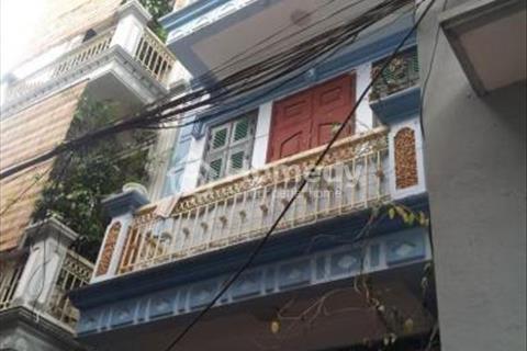 Cho thuê nhà riêng 50m2, 3 tầng ngõ 25 Cát Linh giá 6.5 triệu/tháng