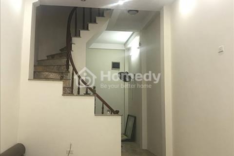 Cần bán gấp nhà riêng 3 tầng x 3PN x 38m2, Quang Trung-HĐ-giá 2,58 tỷ.