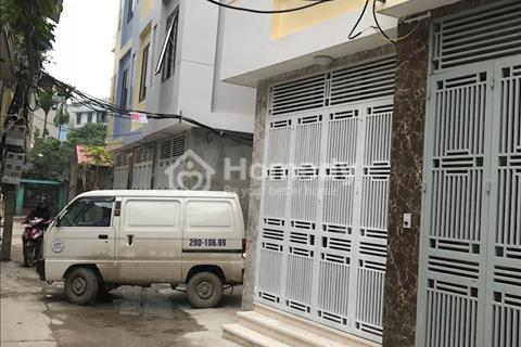 Bán nhà xây mới 120m2 gần ngã tư Văn Phú giá 1.99 tỷ