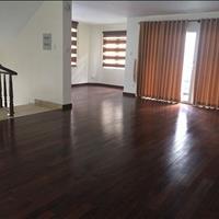 Cần bán biệt thự Ngân Long, full nội gỗ thất đẹp, giá tốt nhất