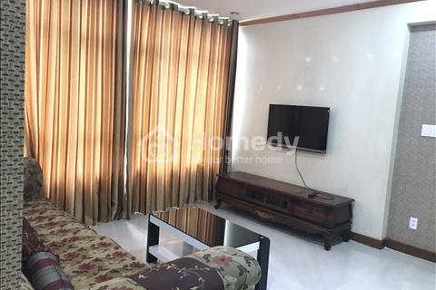 Cho thuê căn hộ 3 phòng ngủ tại Phú Hoàng Anh, Quận 7, giá 650 USD