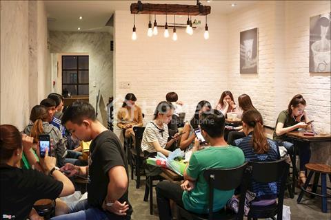 Quán cafe đang kinh doanh tốt tại phố Huỳnh Thúc Kháng, quận Đống Đa