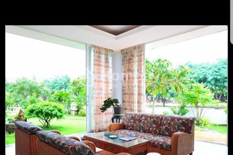 Xuất ngoại cần bán biệt thự xây sẵn 3 tầng khu Vip BCR - Nhà Việt Nam, 574m2, giá 13.5 tỷ