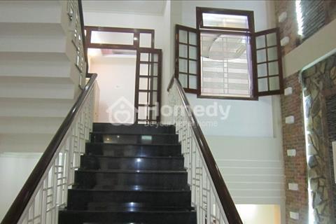 Cho thuê nhà riêng tại Đội Cấn, diện tích 30m2, mặt tiền 4m, nhà đẹp, giá 7 triệu/tháng