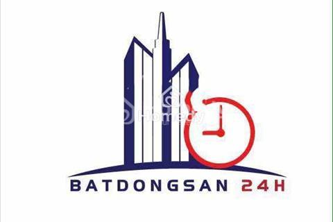 Cho thuê nhà hẻm 385 Nguyễn Trãi, Quận 1, rộng 8m, hẻm quần áo kinh doanh sầm uất
