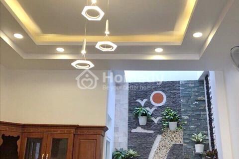 Bán gấp nhà 2 lầu đường Huỳnh Tấn Phát, Bình Thuận, Quận 7