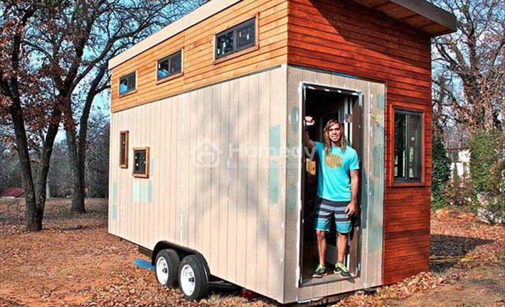 Chàng sinh viên tự xây nhà di động nhỏ xinh vì không muốn đi thuê nhà