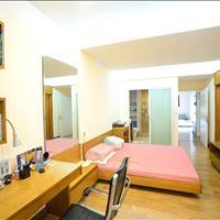 Cho thuê căn hộ tại 172 Ngọc Khánh, 146m2, 3 phòng ngủ, full đồ