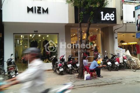 Cho thuê nhà mặt tiền đường Nguyễn Trãi, Phường 3, Quận 5