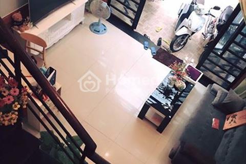 Cho thuê nhà phố Quang Trung đối diện Mercedes