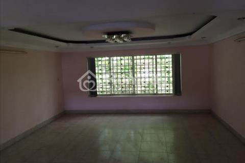 Cho thuê nhà mặt tiền kinh doanh đường Hoàng Diệu quận 4