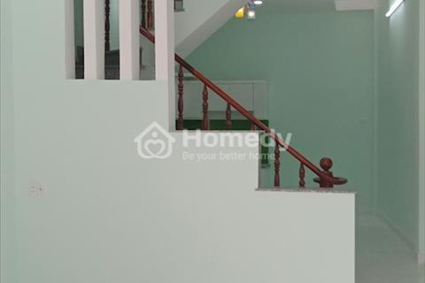 Nhà ở ngã tư Ga 4x16m 1 lầu chung cư Thạnh Lộc ngay chợ Cầu Đồng 2 phòng ngủ full nội thất