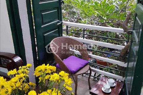Cho thuê căn hộ tầng 2 mới cải tạo làm văn phòng hoặc để ở của nhà biệt thự Pháp cổ tại ngõ Huế