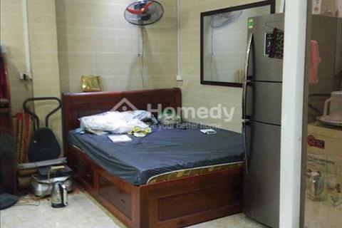Cho thuê nhà 75m2, 4 tầng phố Đào Duy Từ nằm trong tuyến phố đi bộ giá 26,5 triệu/tháng