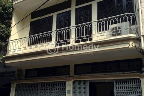 Cho thuê nhà riêng Ngọc Hà, 63m2, 6 phòng ngủ, ô tô đỗ cửa
