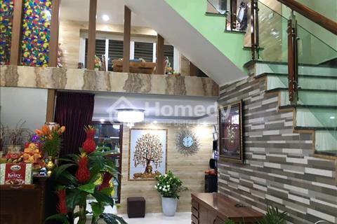 Nhà đẹp khu Hào Nam 40m2, 4 tầng, mặt tiền 4m, giá 3.8 tỷ
