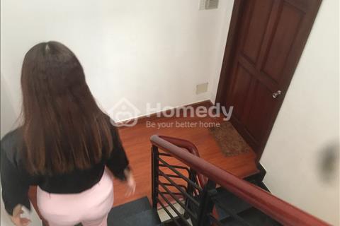 Nhà to tiền nhỏ, bán gấp nhà Thích Quảng Đức 19m2, 3 tầng, giá 2,1 tỷ, phường 2, Phú Nhuận
