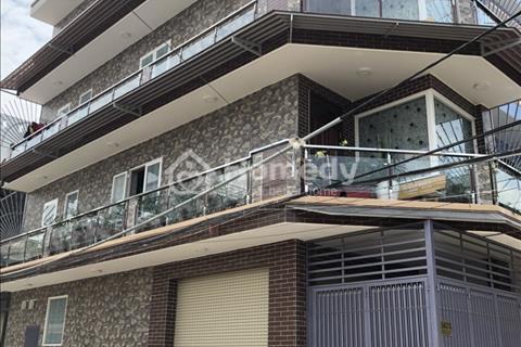 Cần tiền bán gấp nhà phố mới xây ở Phường Bình Hưng Hòa B, Quận Bình Tân, hoàn thành tháng 11/2017