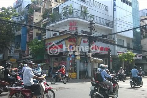 Cần cho thuê gấp nhà góc 2 mặt tiền Nguyễn Đình Chiểu, Quận 3, diện tích 6x20m