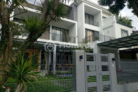 Cần cho thuê gấp biệt thự Nam Thông, Phú Mỹ Hưng, giá 2000 USD