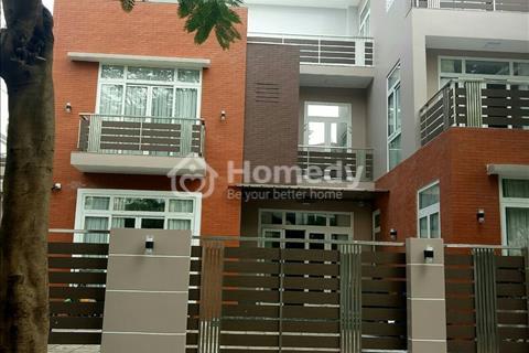 Cho thuê biệt thự Nam Thông 1, Phú Mỹ Hưng, Quận 7, nhà đẹp, nội thất cao cấp, giá rẻ