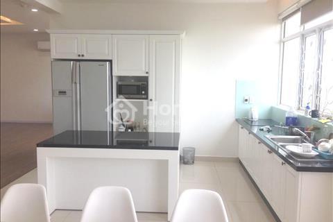 Penthouse sân vườn Phú Hoàng Anh, 4 phòng ngủ, nội thất cao cấp 22 triệu/tháng
