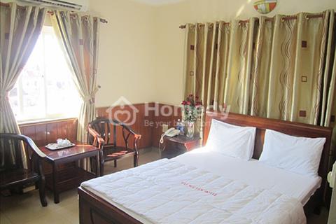 Cho thuê lại khách sạn 2 sao gần cầu sông Hàn