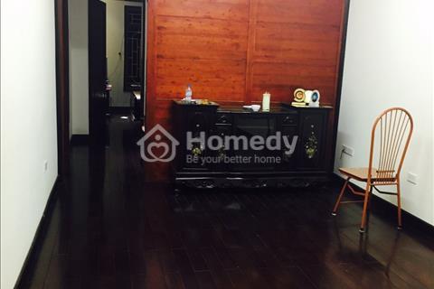Cho thuê tầng 2 khu nhà tập thể ngõ 120 Hoàng Quốc Việt, 2 phòng ngủ, nội thất full đồ, tiện nghi