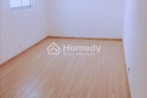 Bán căn hộ 105m2, 3 phòng ngủ, nội thất cơ bản, sát bên Aeon Tân Phú