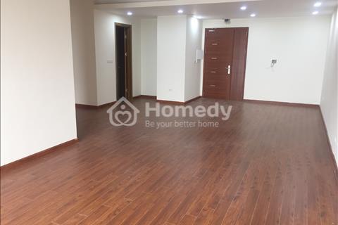 Cho thuê chung cư 57 Láng Hạ, 146m2, 3 phòng ngủ, view hồ, giá 15 triệu/tháng, làm văn phòng được
