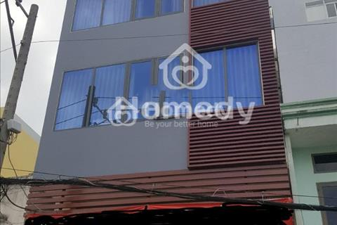 Cho thuê nhà làm khách sạn khu vực Quận 7, 6x17m, hầm 5 lầu, thang máy, giá 80 triệu/tháng