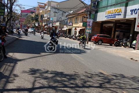 Cần bán gấp nhà mặt tiền đường, vị trí đẹp, ngay trung tâm thành phố, đường Phan Đình Phùng