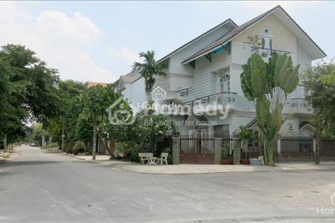 Cho thuê phòng 50m2, 1 phòng ngủ, trong căn biệt thự khu dân cư Khang Điền - Intresco quận 9
