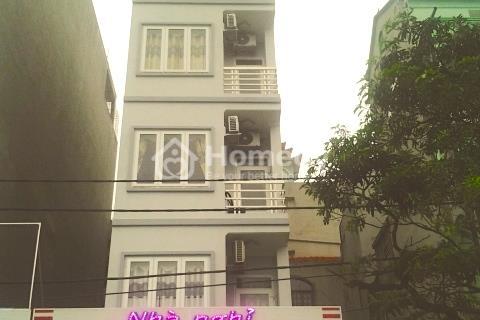 Chính chủ cần bán nhà tại phố Đặng Văn Ngữ, quận Đống Đa đang kinh doanh nhà nghỉ