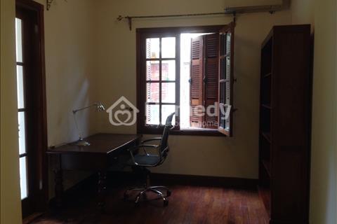 Cho thuê biệt thự 4 tầng tại phố Thông Phong - Đống Đa, đầy đủ nội thất