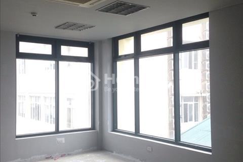 Sàn văn phòng tòa nhà mặt phố Hai Bà Trưng, diện tích 50m2 giá 11 triệu/tháng