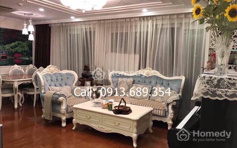 Cho thuê chung cư N04 Hoàng Đạo Thúy (155m2, đông nam, nội thất nhập khẩu style tân cổ điển)
