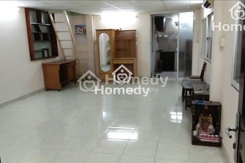 Chính chủ cho thuê căn hộ giá rẻ mặt tiền đường Điện Biên Phủ, quận 10