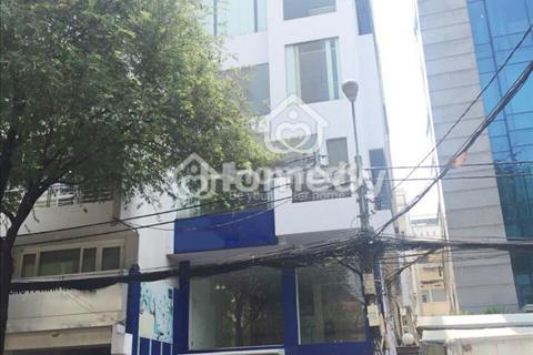 Cho thuê gấp toà nhà cách mặt tiền Nguyễn Văn Thủ 20m, ngay trung tâm Quận 1, tiện làm trường học