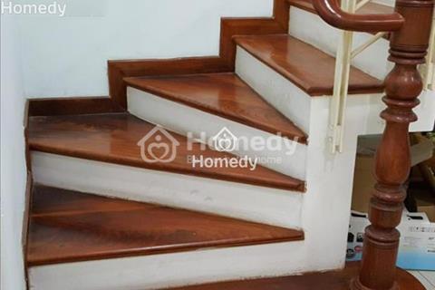 Cho thuê nhà mặt tiền đường Nguyễn Hữu Cảnh, 140m2, giá 200 triệu/tháng
