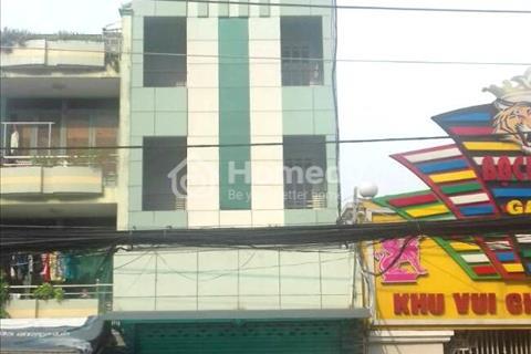Cần cho thuê căn hộ mặt tiền đường Hòa Bình, khu vực gần Đầm Sen