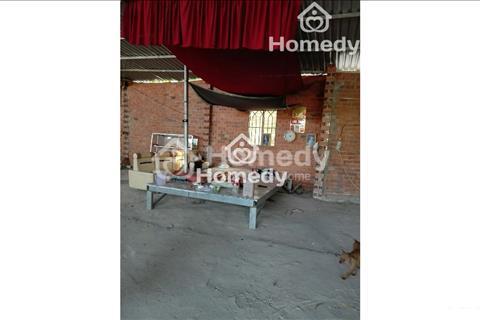 Nhà xưởng cho thuê, mặt tiền đường Hóc Môn (300m2), giá 8 triệu/tháng