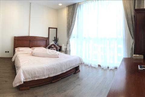 Cho thuê căn hộ Vinhomes 3 phòng ngủ full nội thất như hình - view sông giá chỉ 23 triệu