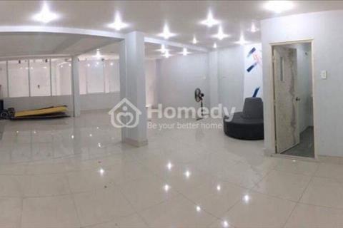 Cho thuê nhà riêng Đội Cấn 2 tầng x 65m2, mặt tiền 3m, nội thất cơ bản