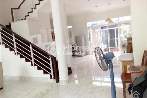 Cho thuê biệt thự Mỹ Giang, nhà mới trang trí lại, rất đẹp, 4 phòng ngủ, nội thất cao cấp