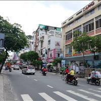 Cho thuê nhà góc 2 mặt tiền 301 Nguyễn Đình Chiểu, phường 5, quận 3