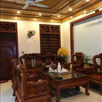 Bán nhà riêng Nguyễn Ngọc Vũ, diện tích 46m2, 5 tầng, giá 4.5 tỷ