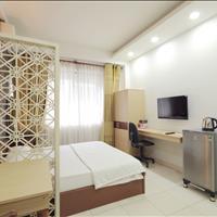 Phòng cho thuê tại Quận 10, Trần Minh Quyền, full nội thất, bếp đầy đủ, nhà mặt tiền