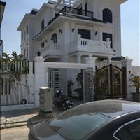 Không có nhu cầu sử dụng, bán căn biệt thự full nội thất gỗ cực đẹp ở khu đô thị Phước Long A
